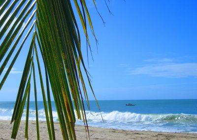 artistic-photography-by-jonnyjelinek_travel-palmtreebeachseaboat