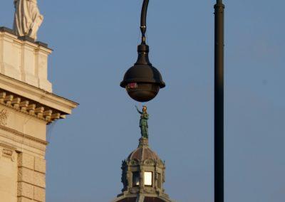 mindful-photography_by-jonnyjelinek_perfectalignment-statues-vienna